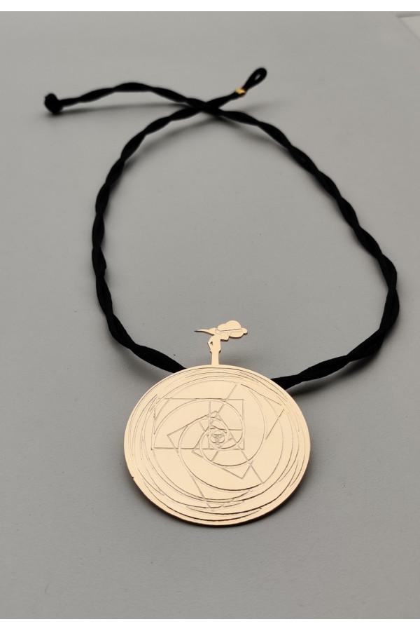 Bircan Yıldırım Yeni Dünya Düzeni Sembollü- Altın Kaplama ORTA BOY Kolye
